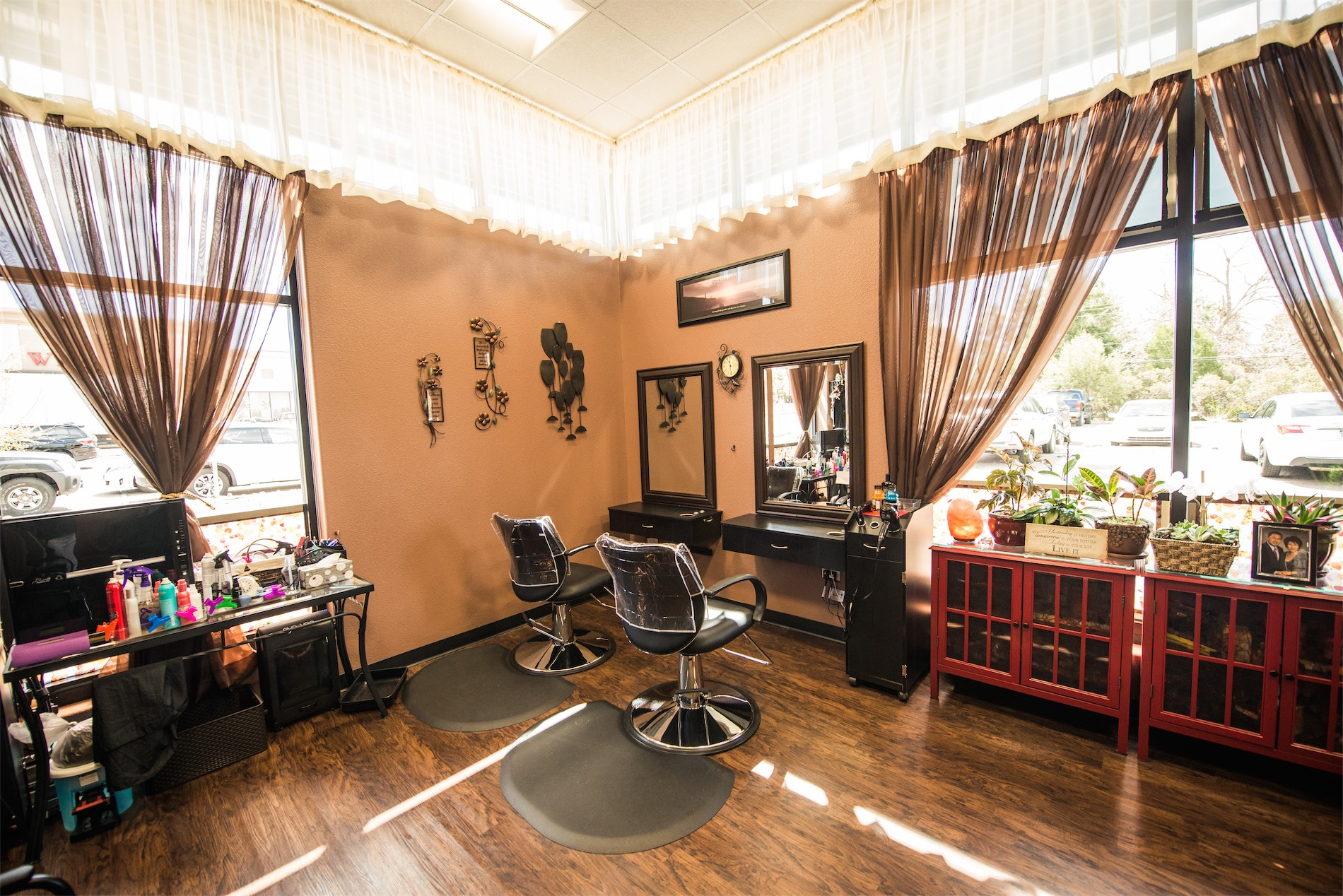 Best Salon Suites NEAR ME Phenix Salon Suites