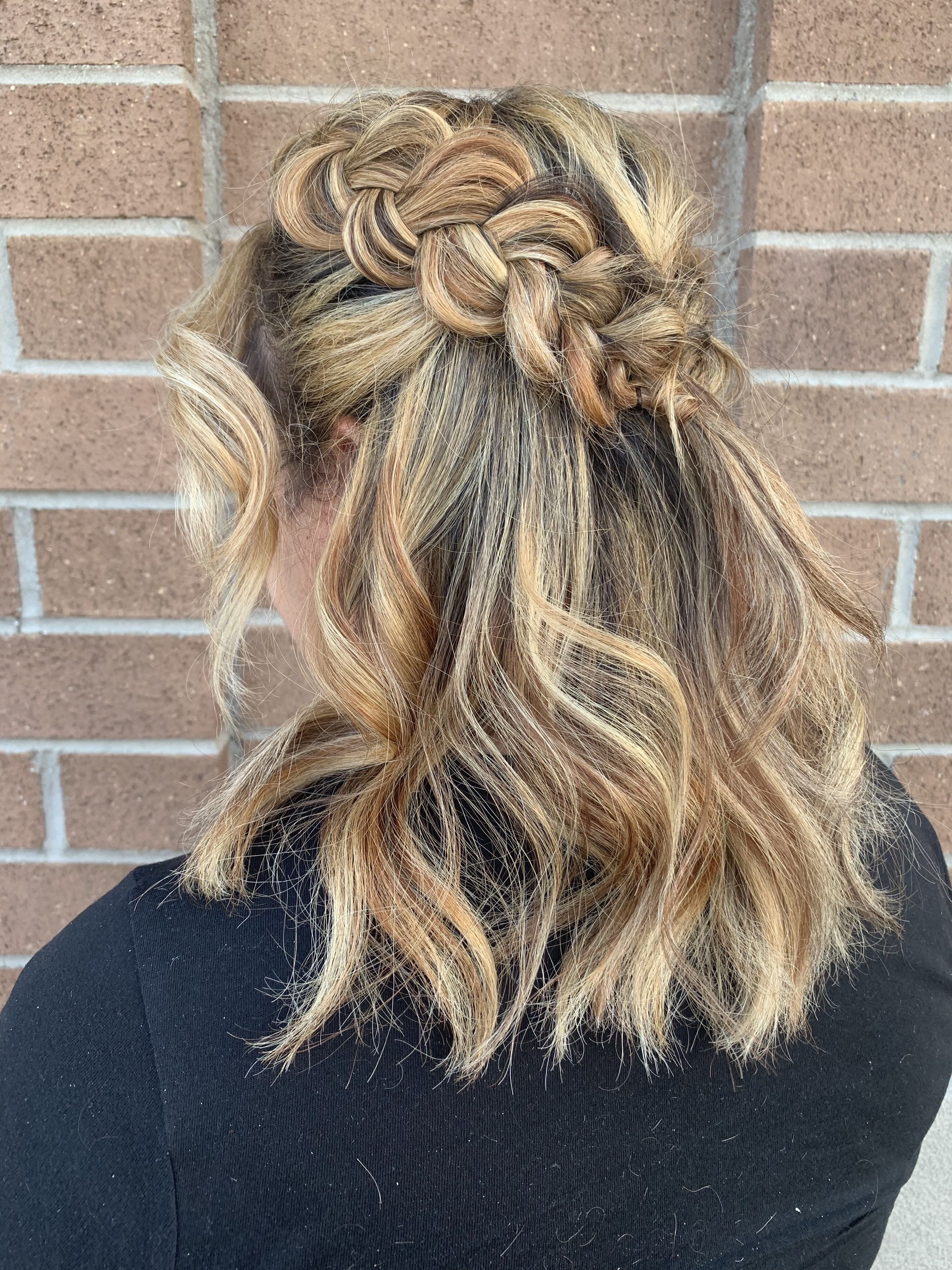Suites Updo Or Dye